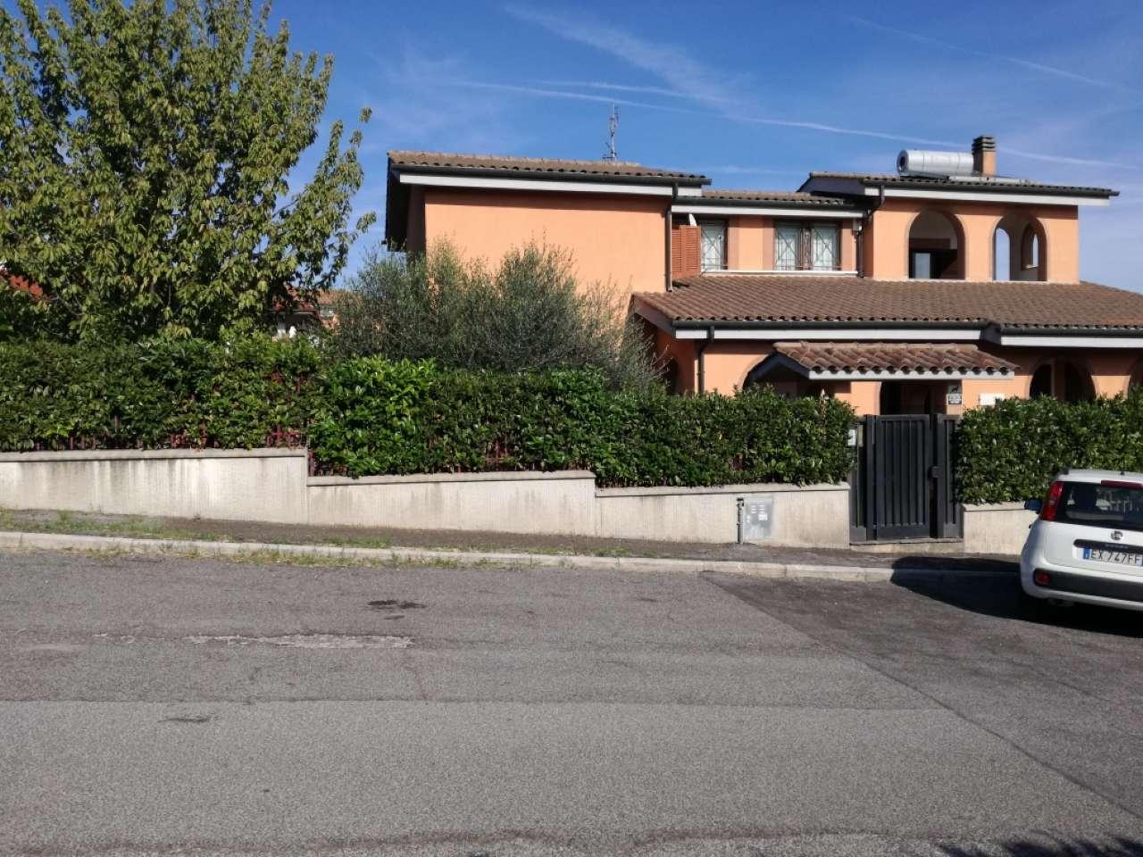 Villa in vendita a Guidonia Montecelio, 4 locali, prezzo € 765.000   CambioCasa.it