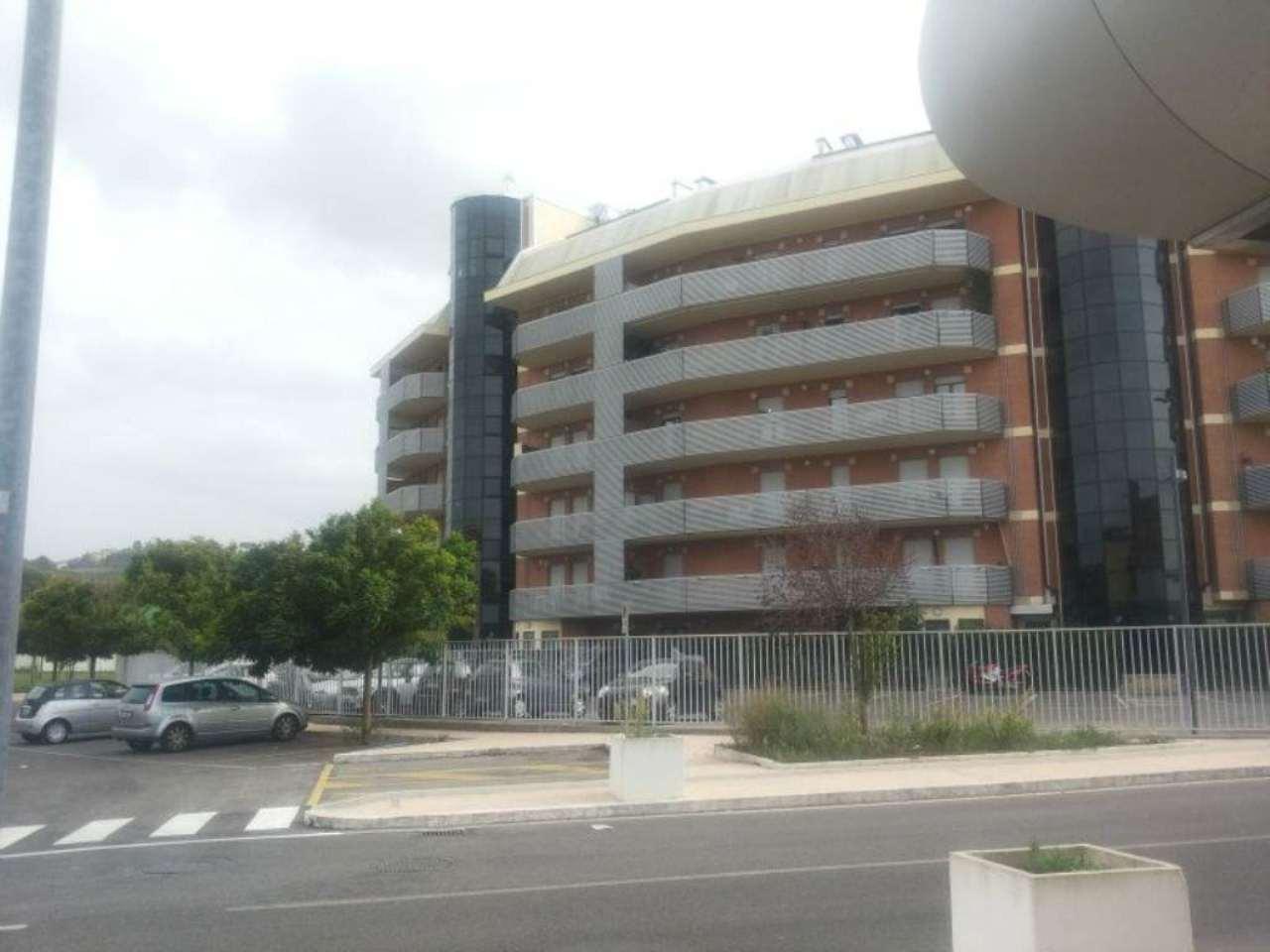 Bilocale Monterotondo Viale Via Al Commercio 2