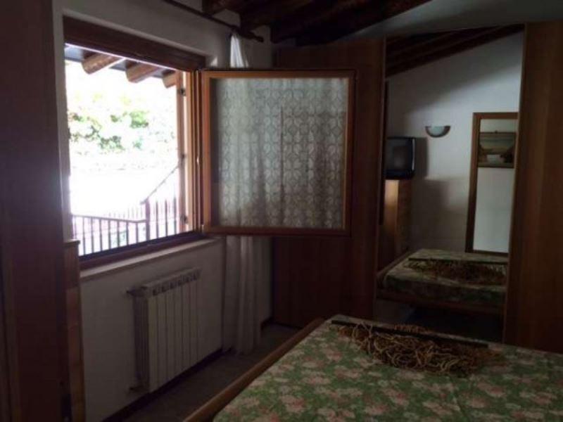 Bilocale Soiano del Lago Via Brescia 5