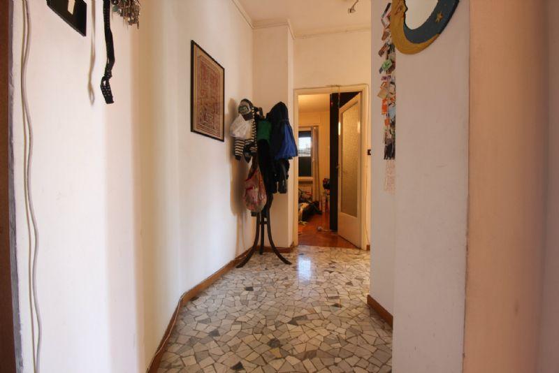 Bilocale Milano Viale Lucania 4