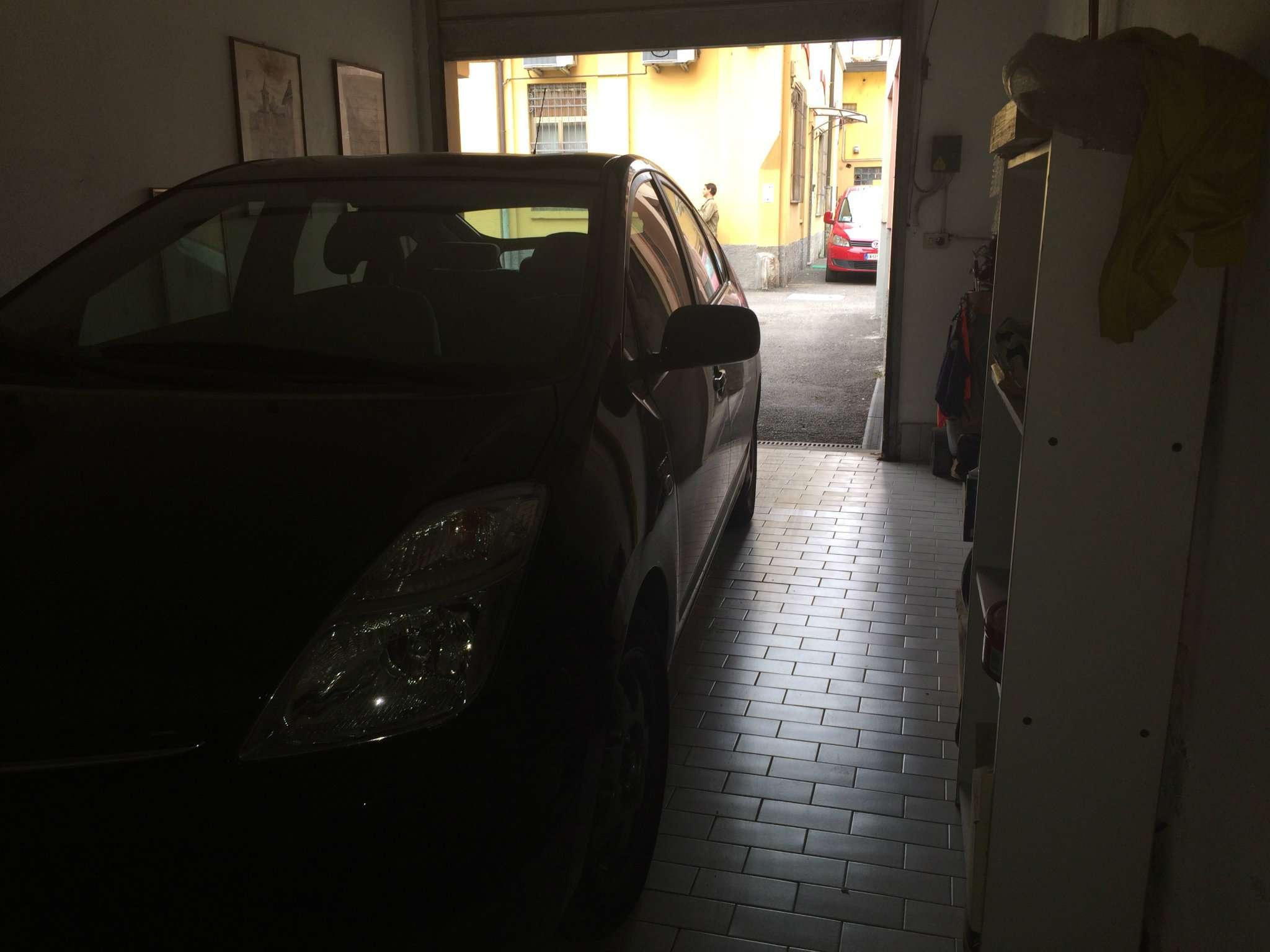 Bilocale Milano Via Enrico Pestalozzi 12