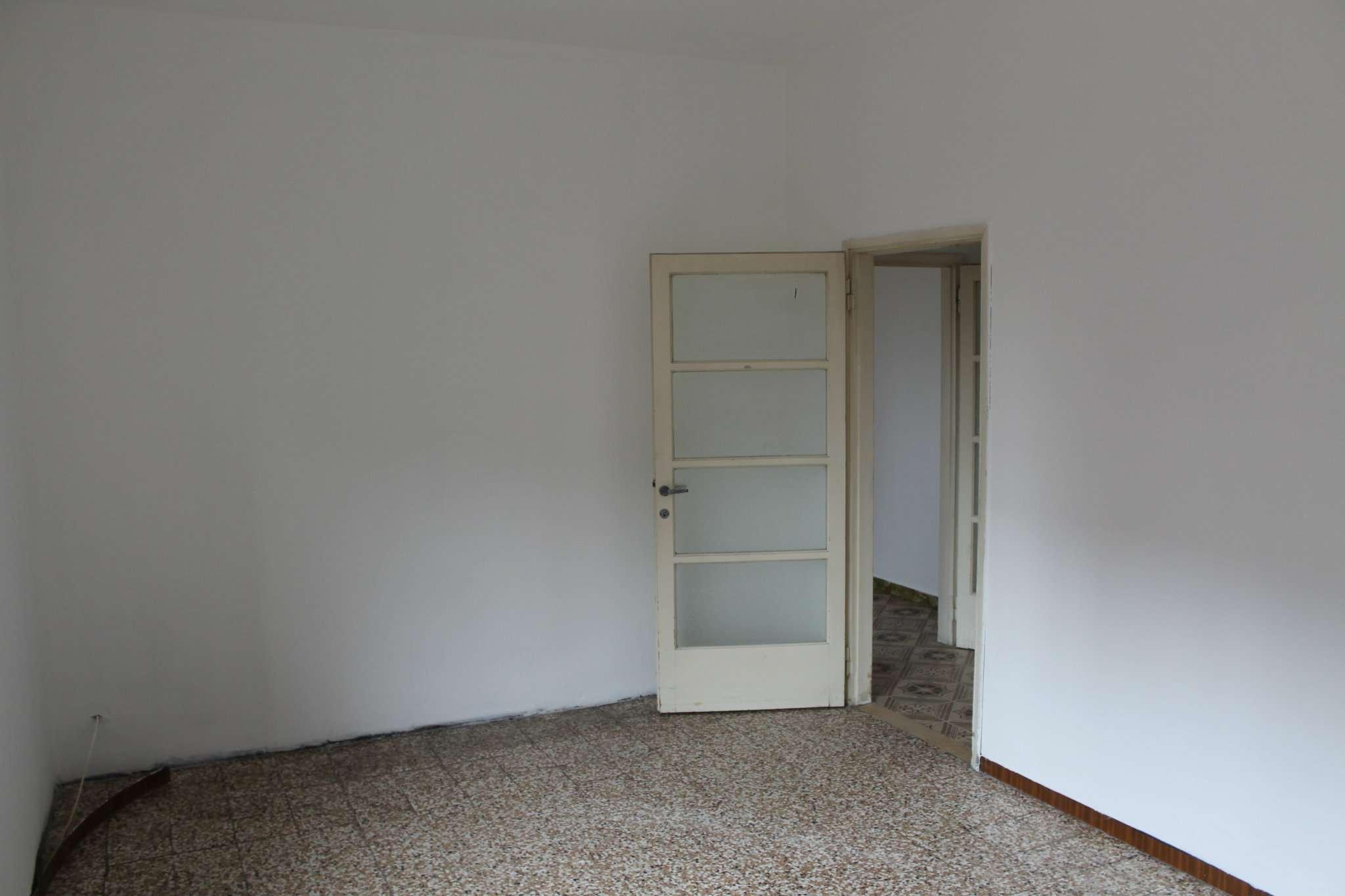 Bilocale Paderno Dugnano Via Coppelli 8