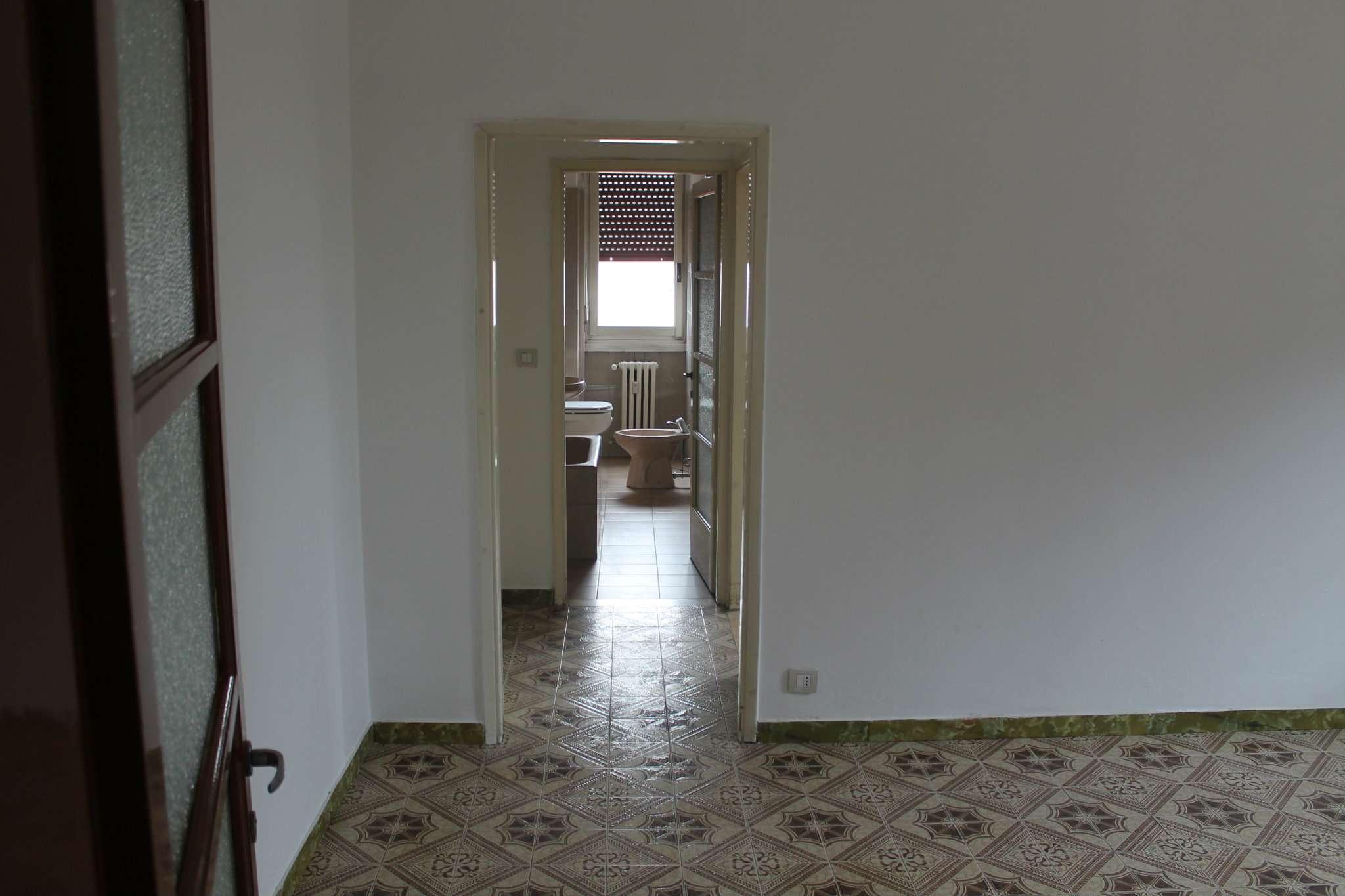 Bilocale Paderno Dugnano Via Coppelli 4