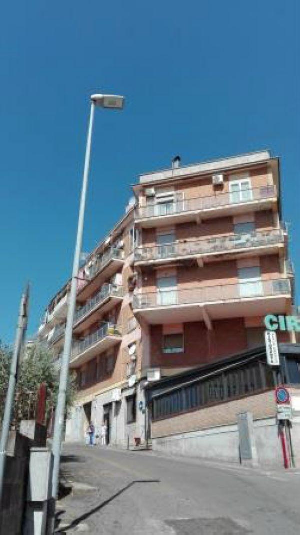 Appartamento in vendita a Colonna, 4 locali, prezzo € 179.000 | Cambio Casa.it