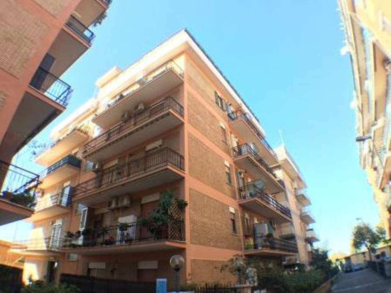 Appartamento in vendita a Ciampino, 4 locali, prezzo € 198.000 | CambioCasa.it