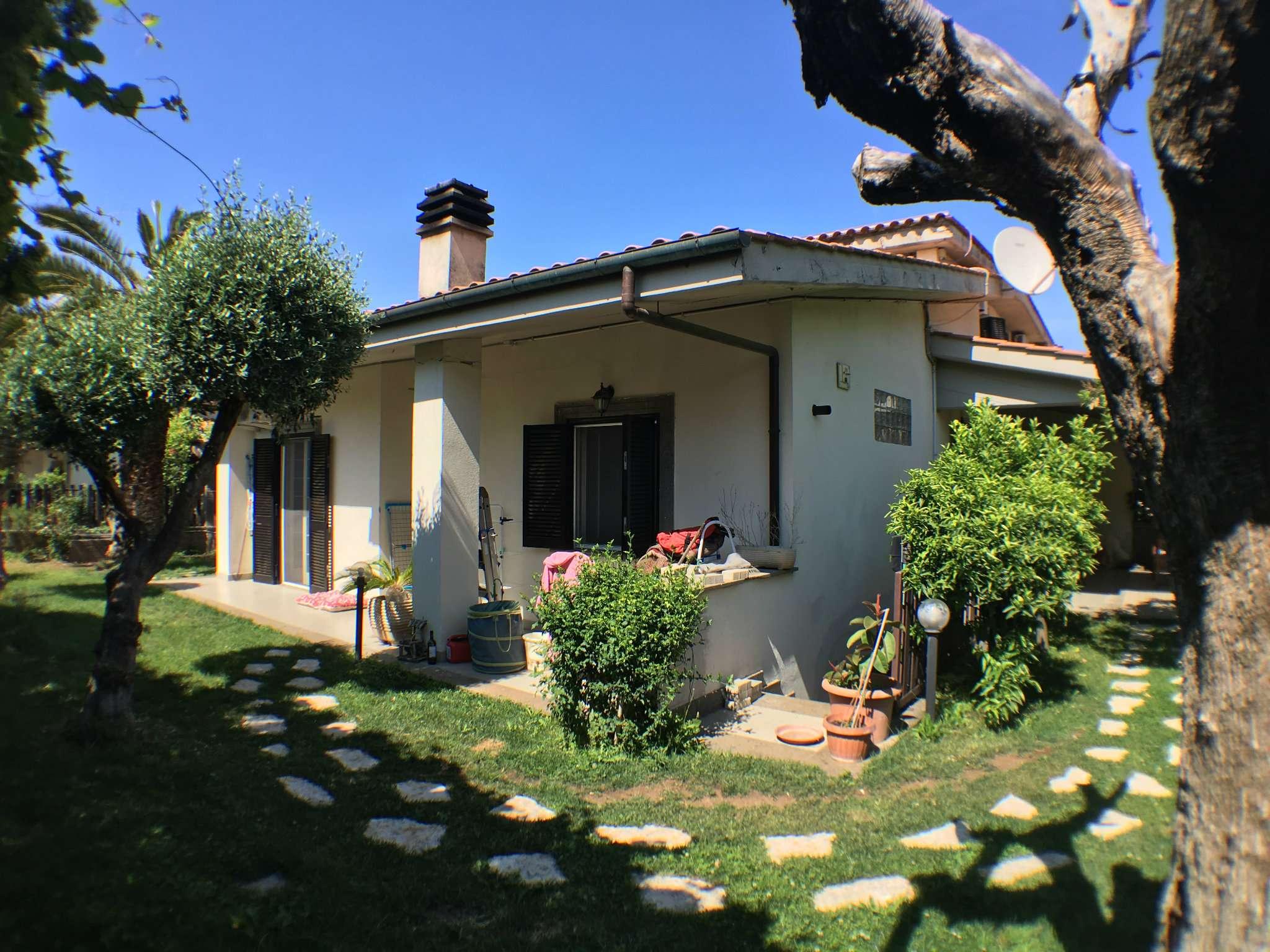 Soluzione Indipendente in vendita a Ciampino, 6 locali, prezzo € 489.000 | Cambio Casa.it
