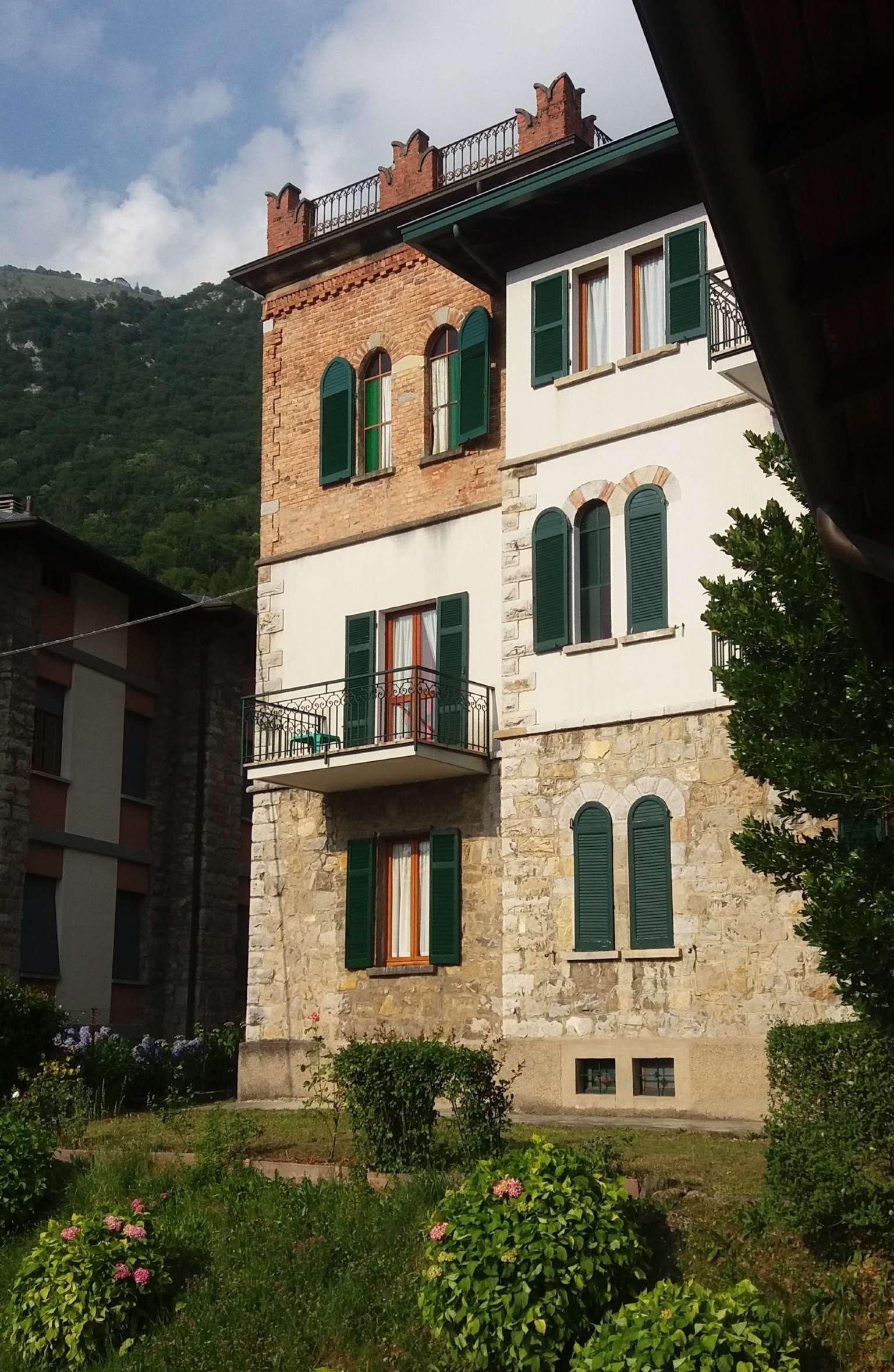 Casa indipendente in Vendita a Barzio: 5 locali, 422 mq