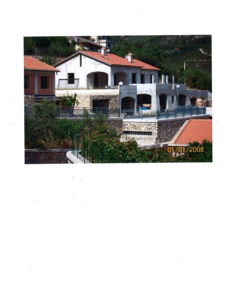 Unikasa immobiliare a savona casa for Case in vendita spotorno