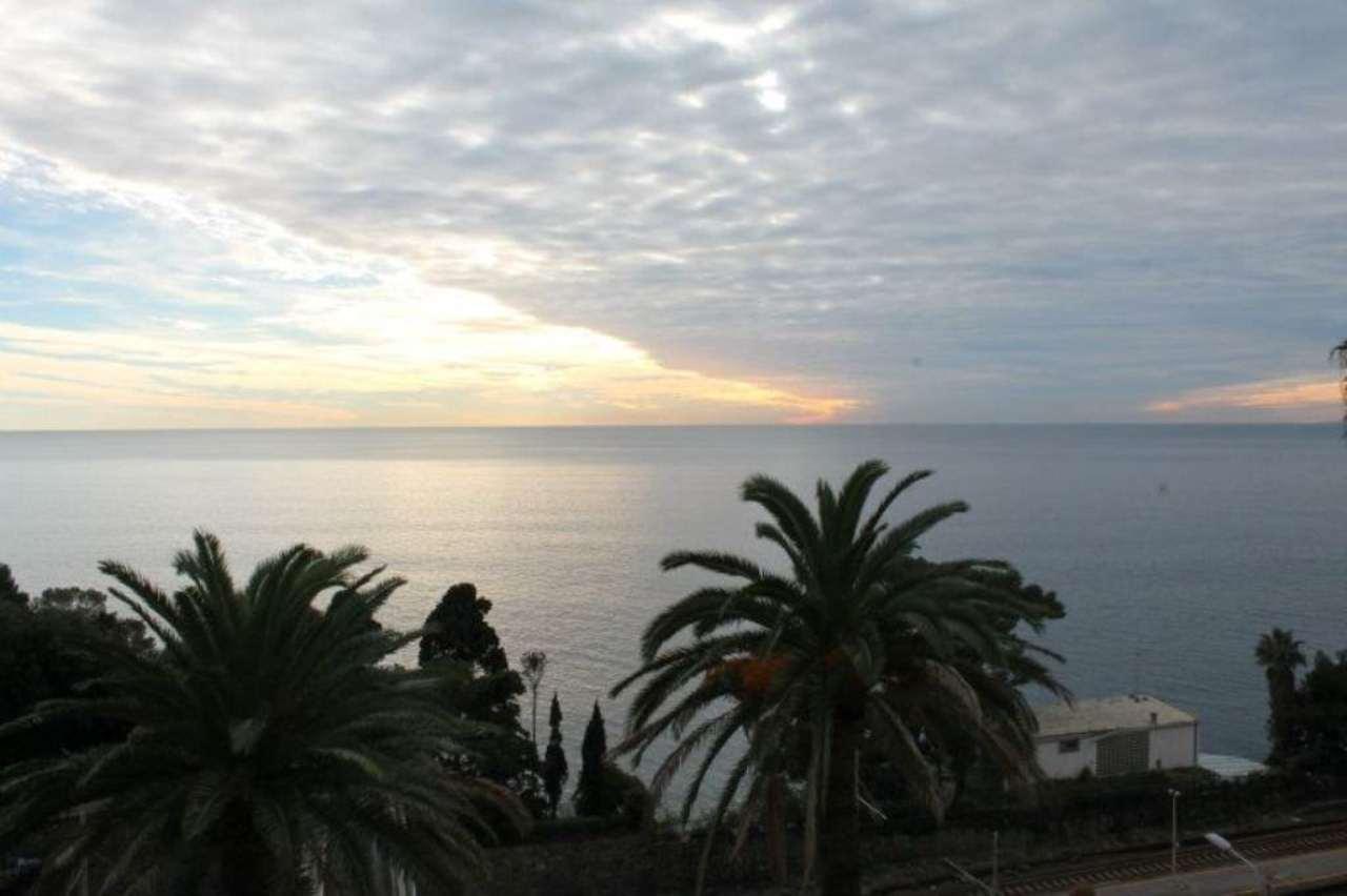 Appartamento in vendita a Pieve Ligure, 10 locali, prezzo € 1.200.000 | Cambio Casa.it
