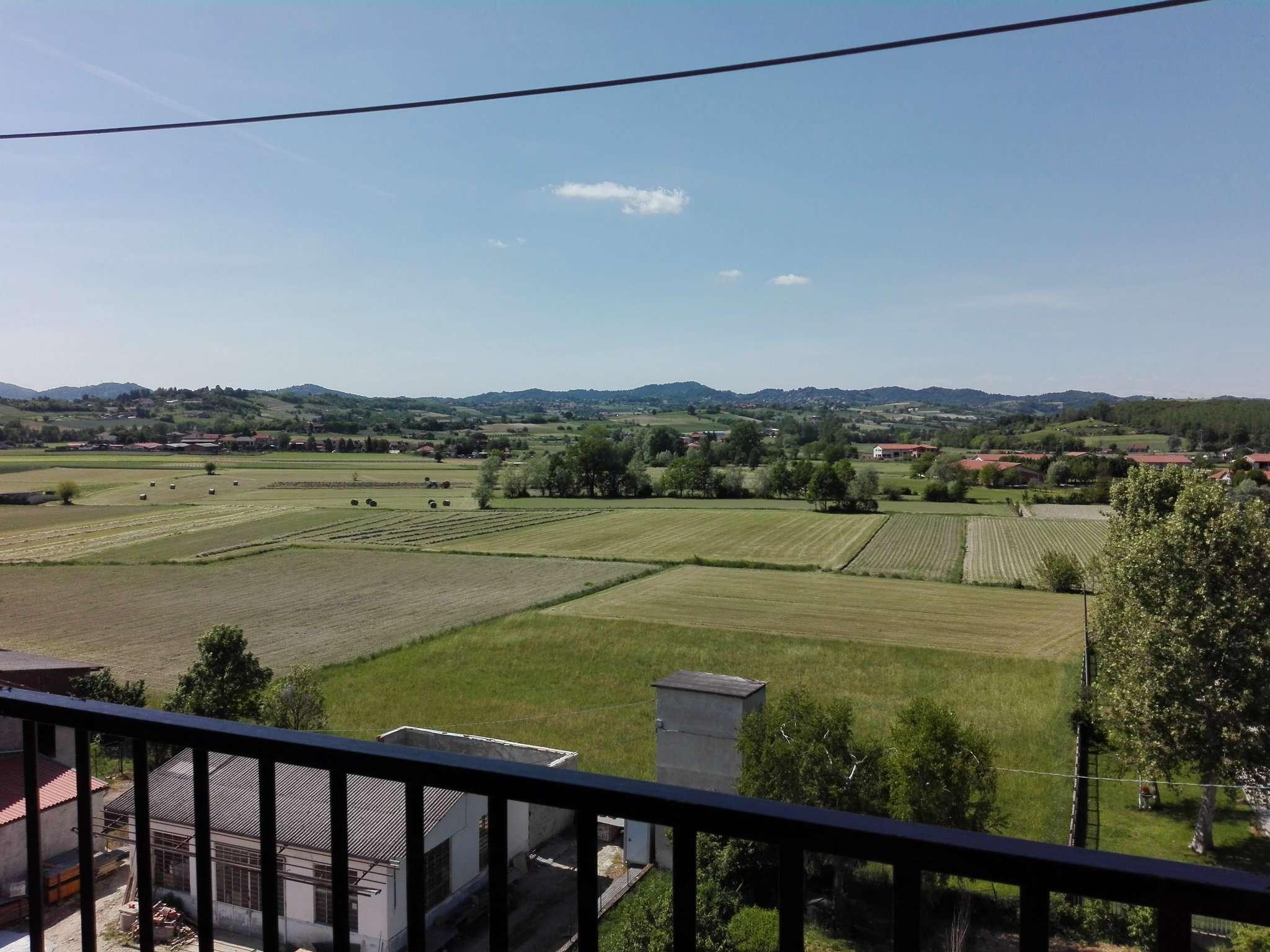 Appartamento in affitto a Andezeno, 3 locali, prezzo € 450 | Cambio Casa.it
