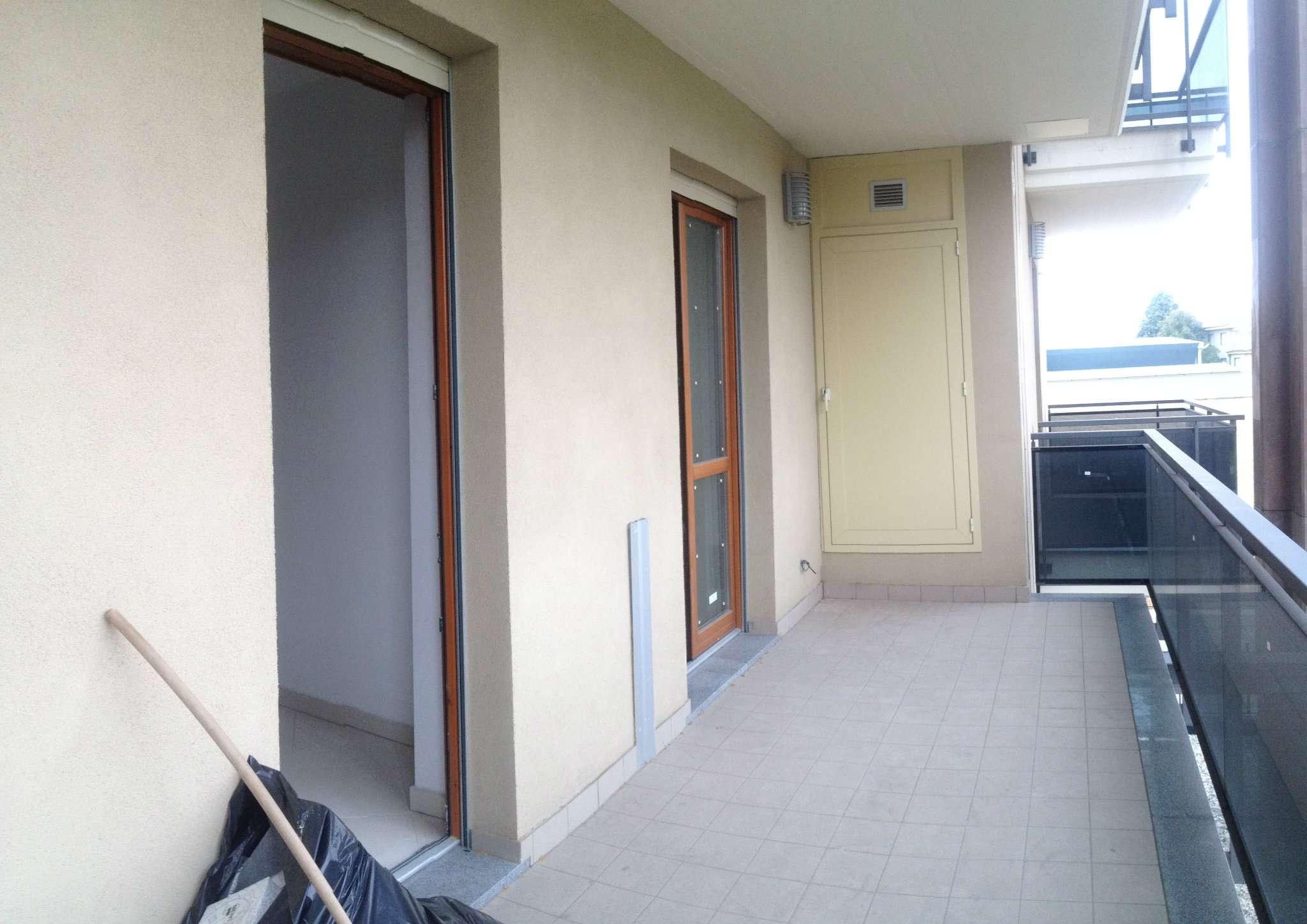 Bilocale Torino Via Santorelli 6