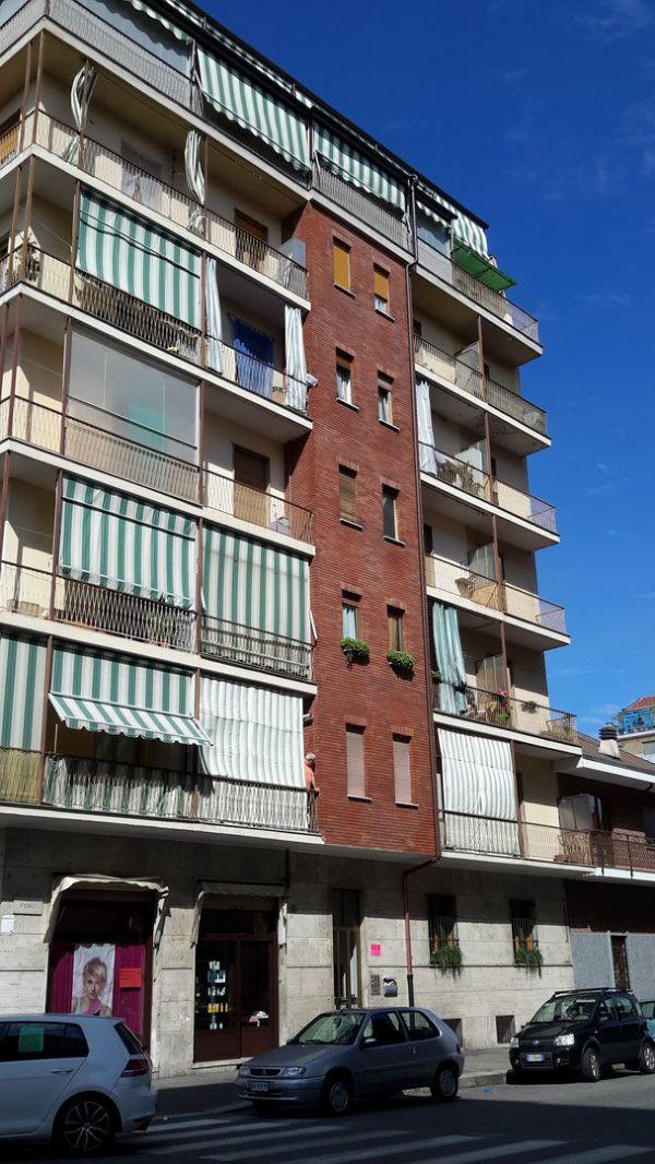 Bilocale Torino Via Forli' 2
