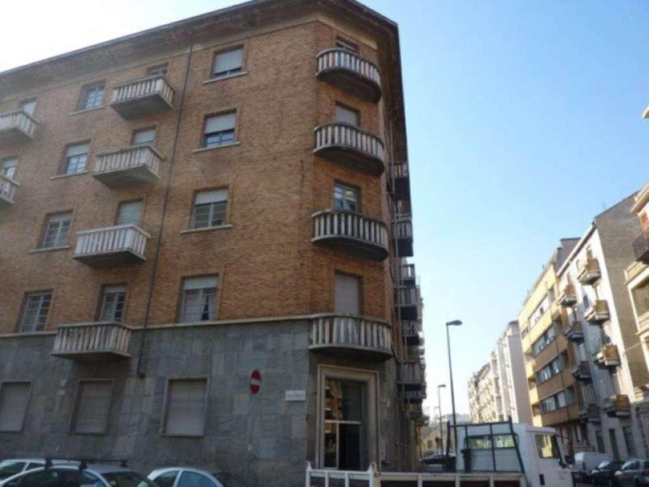 Bilocale Torino Via Valdieri 3