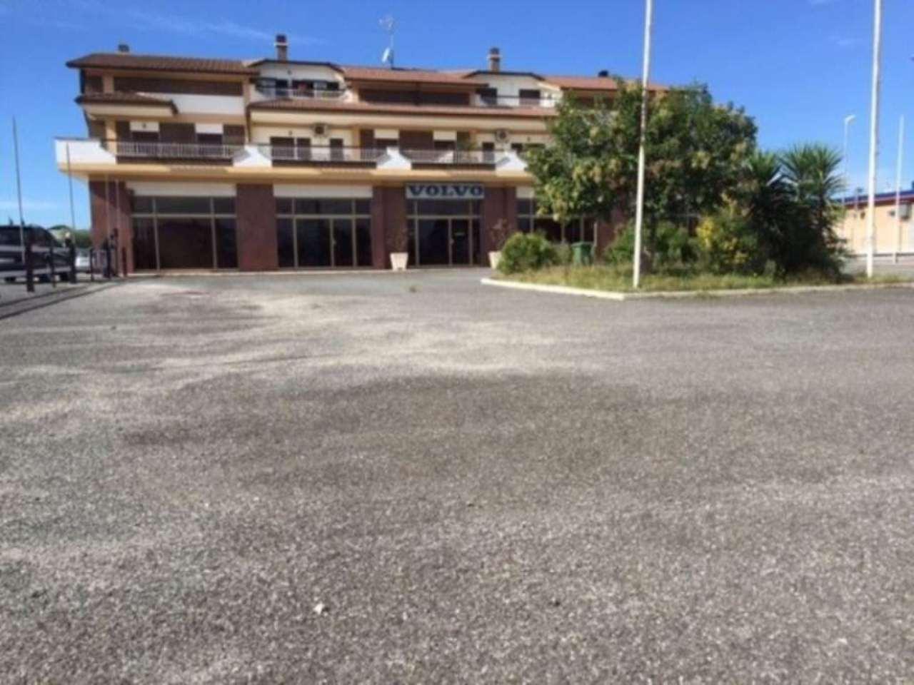Negozio / Locale in affitto a Fiano Romano, 9999 locali, prezzo € 7.500 | Cambio Casa.it
