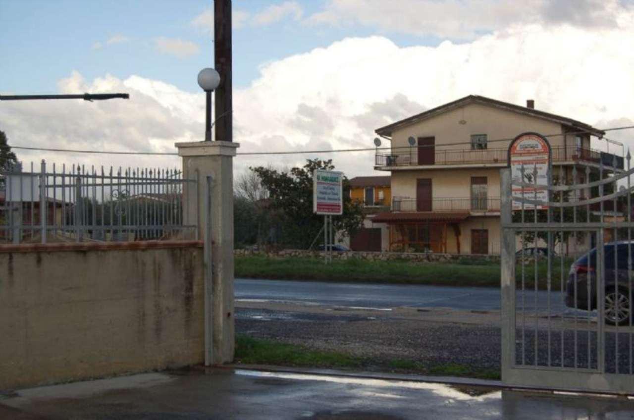 Negozio / Locale in affitto a Fiano Romano, 1 locali, prezzo € 2.500 | Cambio Casa.it