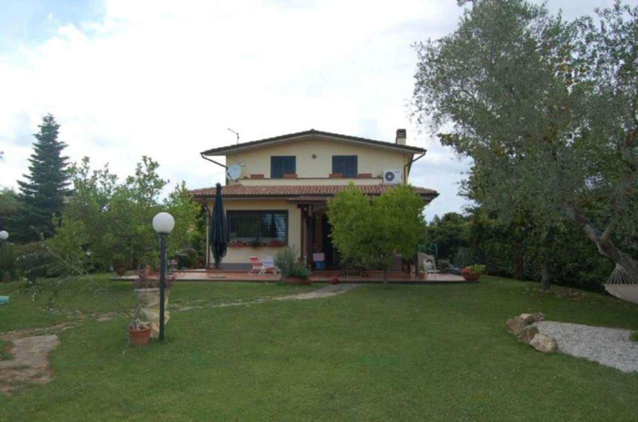 Villa in vendita a Fiano Romano, 6 locali, prezzo € 365.000 | Cambio Casa.it