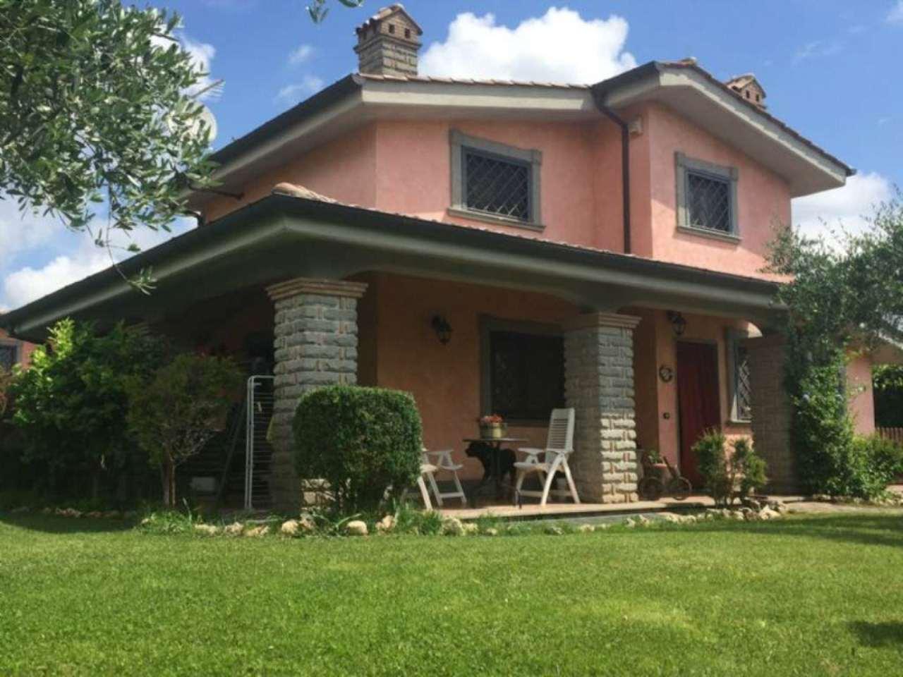 Villa in vendita a Fiano Romano, 7 locali, prezzo € 350.000 | Cambio Casa.it