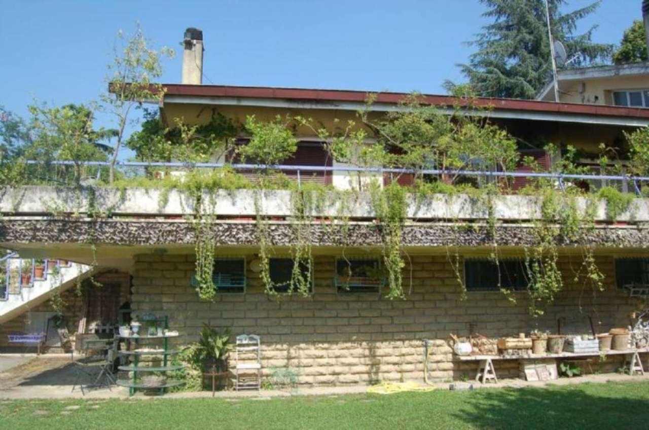 Villa in vendita a Riano, 8 locali, prezzo € 550.000 | Cambio Casa.it