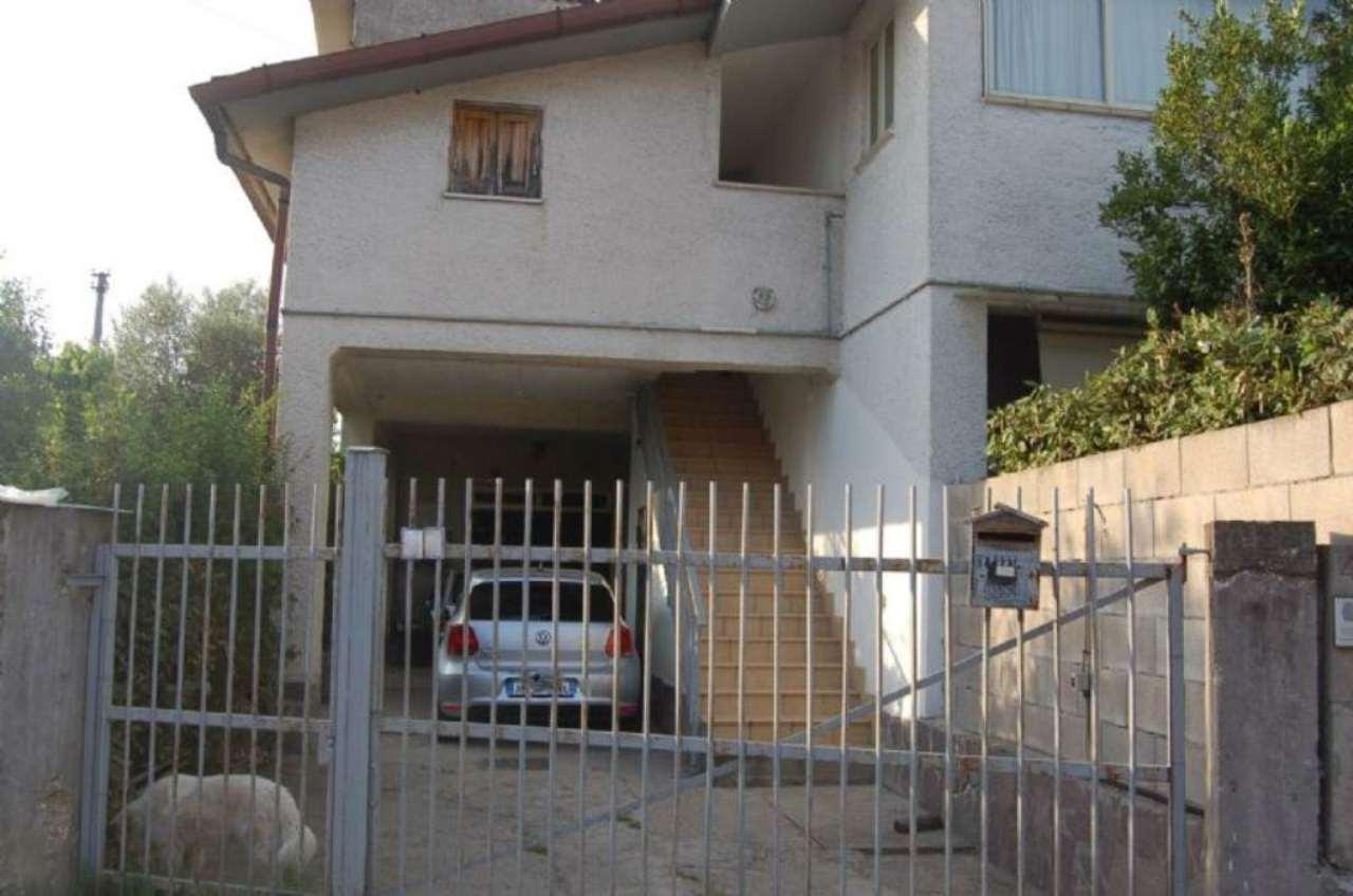 Villa in vendita a Fiano Romano, 3 locali, prezzo € 155.000 | Cambio Casa.it