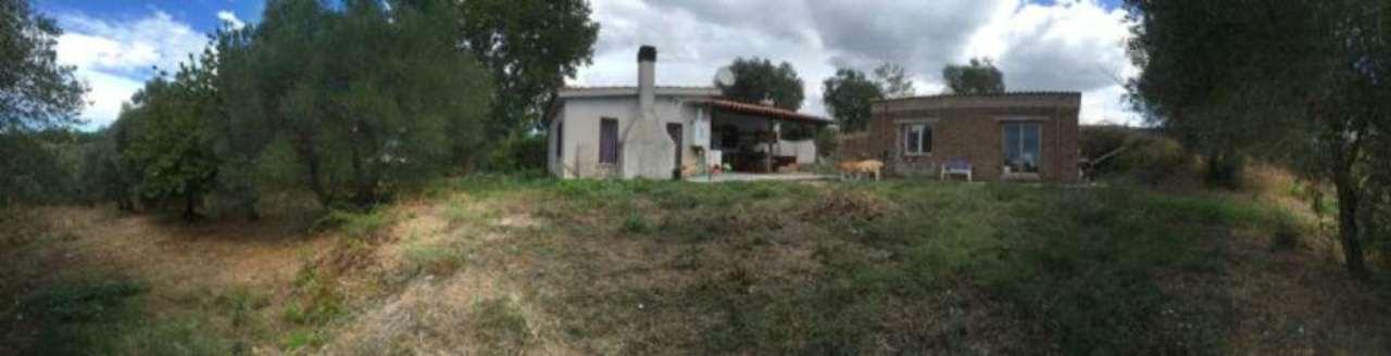 Villa in vendita a Civitella San Paolo, 3 locali, prezzo € 99.000 | Cambio Casa.it