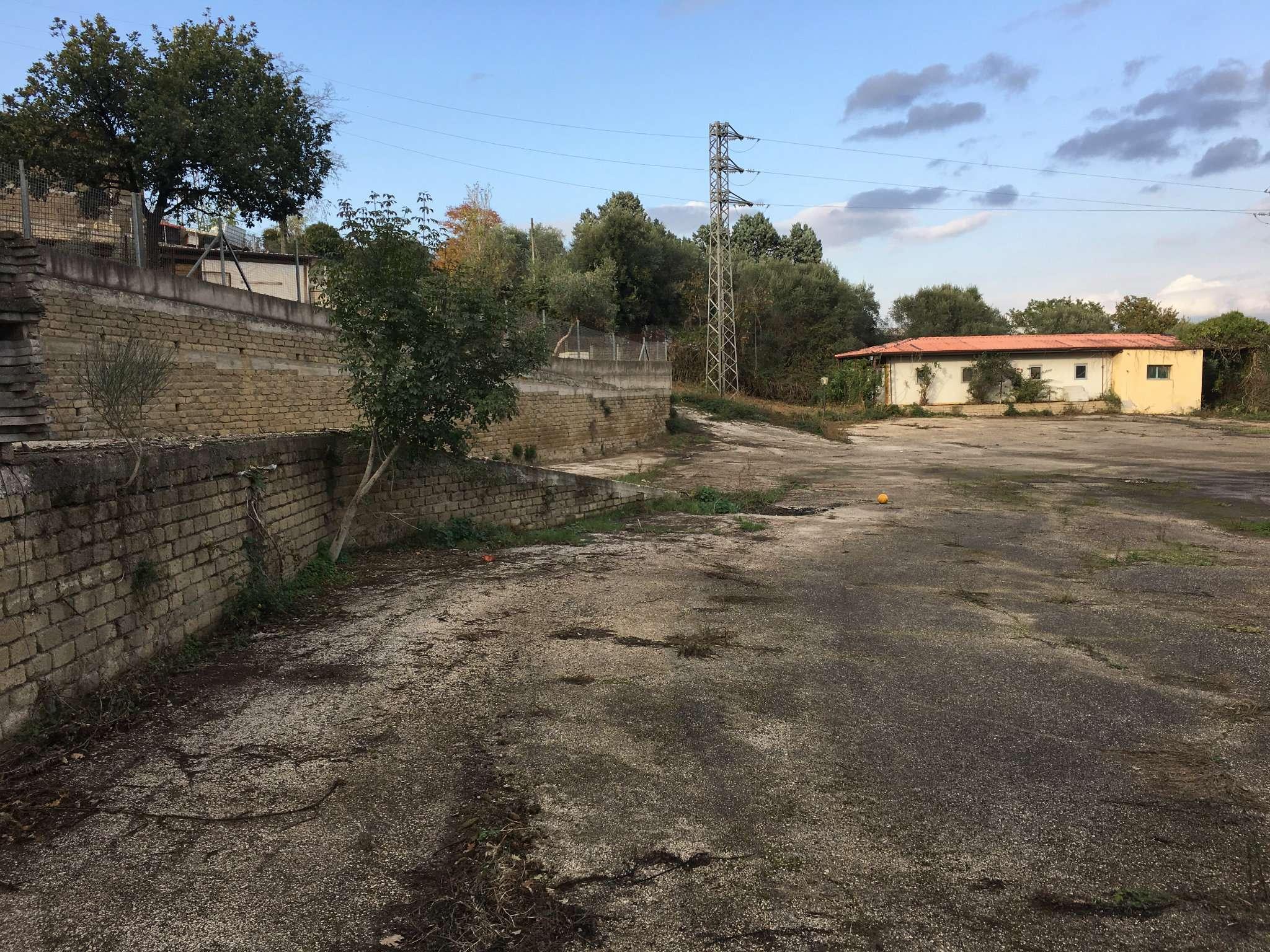 Capannone in vendita a Capena, 9999 locali, prezzo € 450.000 | Cambio Casa.it