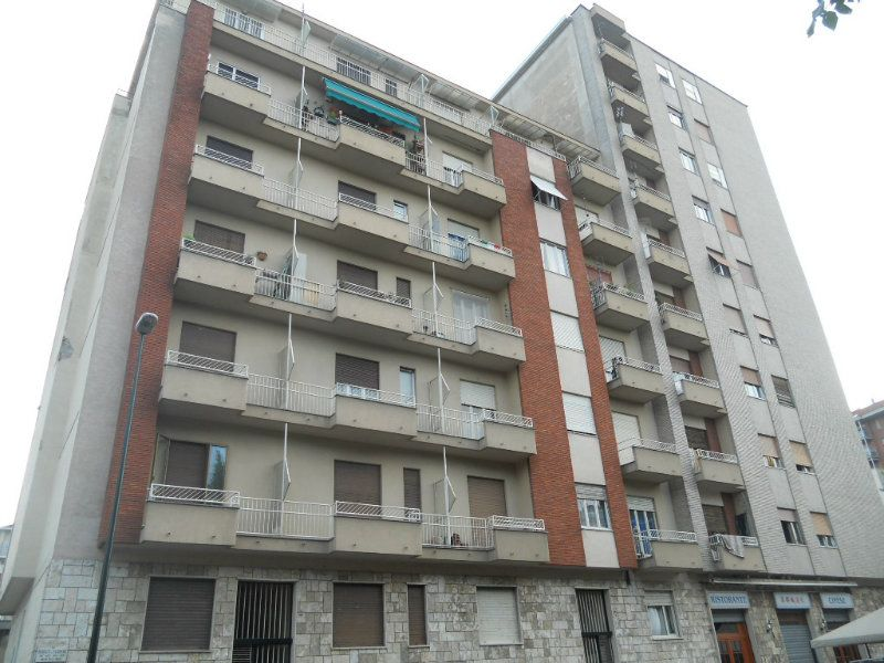 Appartamento in vendita a Torino, 2 locali, zona Zona: 16 . Mirafiori, prezzo € 95.000 | Cambiocasa.it