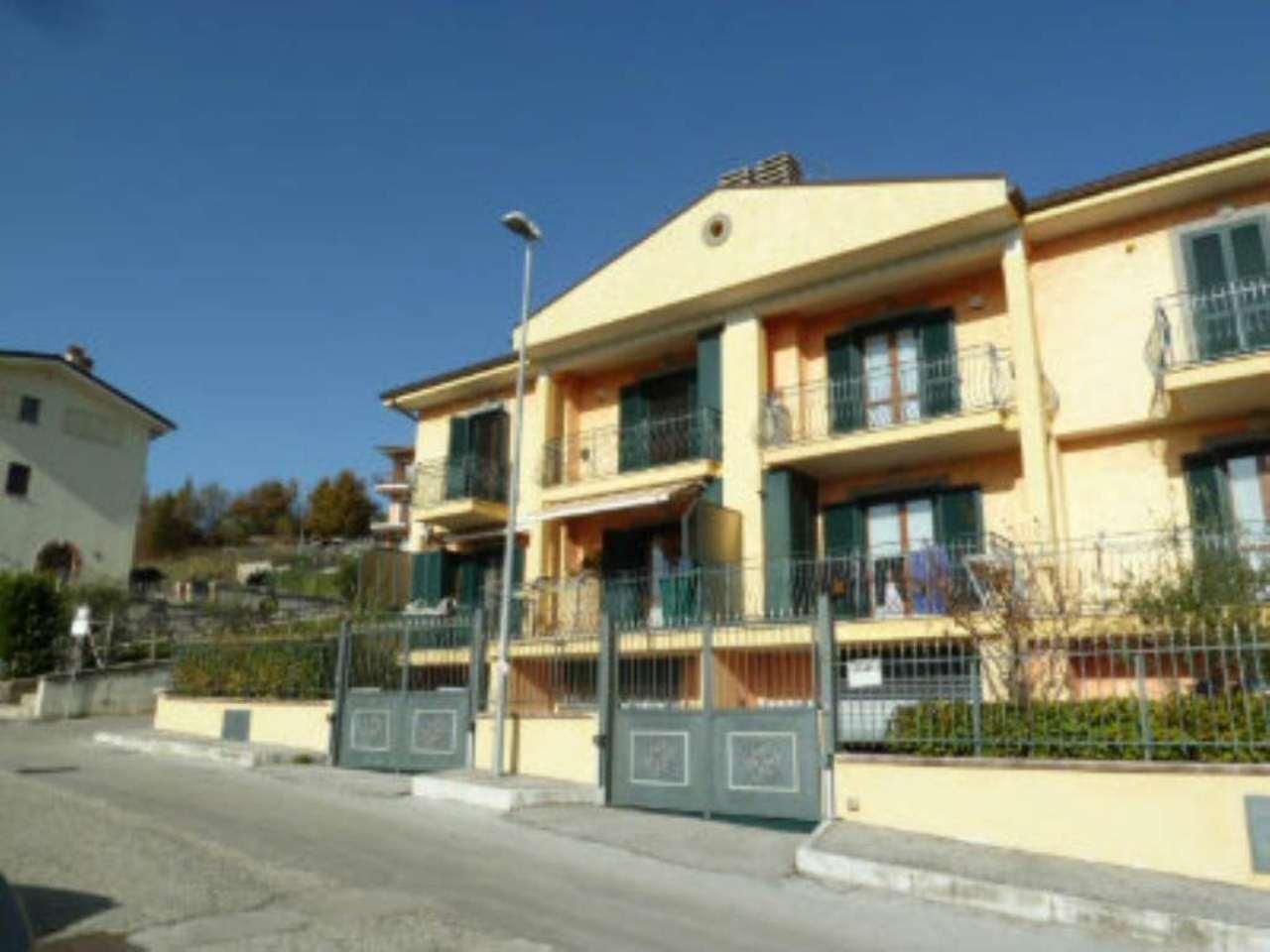 Palazzo / Stabile in vendita a Carsoli, 6 locali, prezzo € 235.000 | Cambio Casa.it