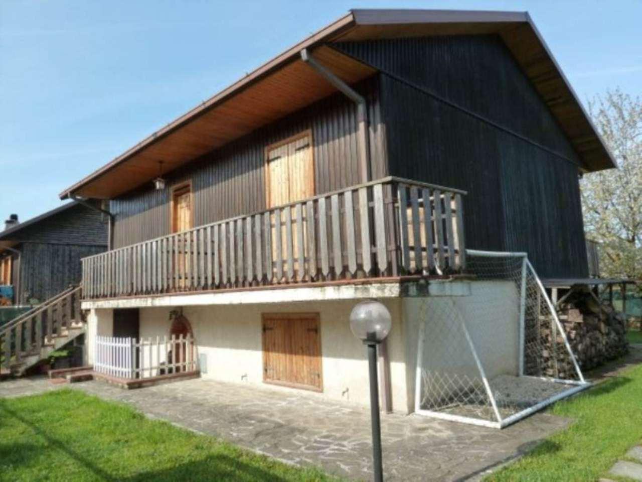 Villa in vendita a Oricola, 5 locali, prezzo € 220.000 | Cambio Casa.it