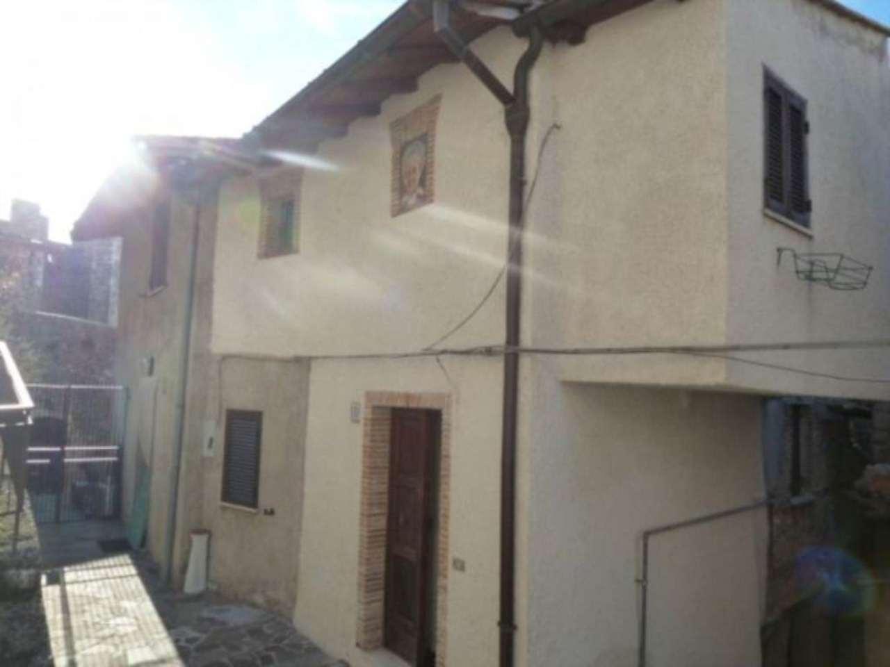 Soluzione Indipendente in vendita a Pereto, 3 locali, prezzo € 85.000 | Cambio Casa.it