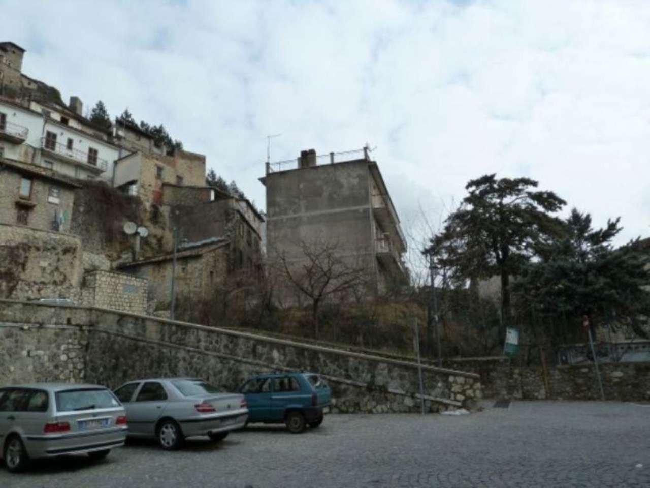 Appartamento in vendita a Carsoli, 5 locali, prezzo € 138.500 | Cambio Casa.it
