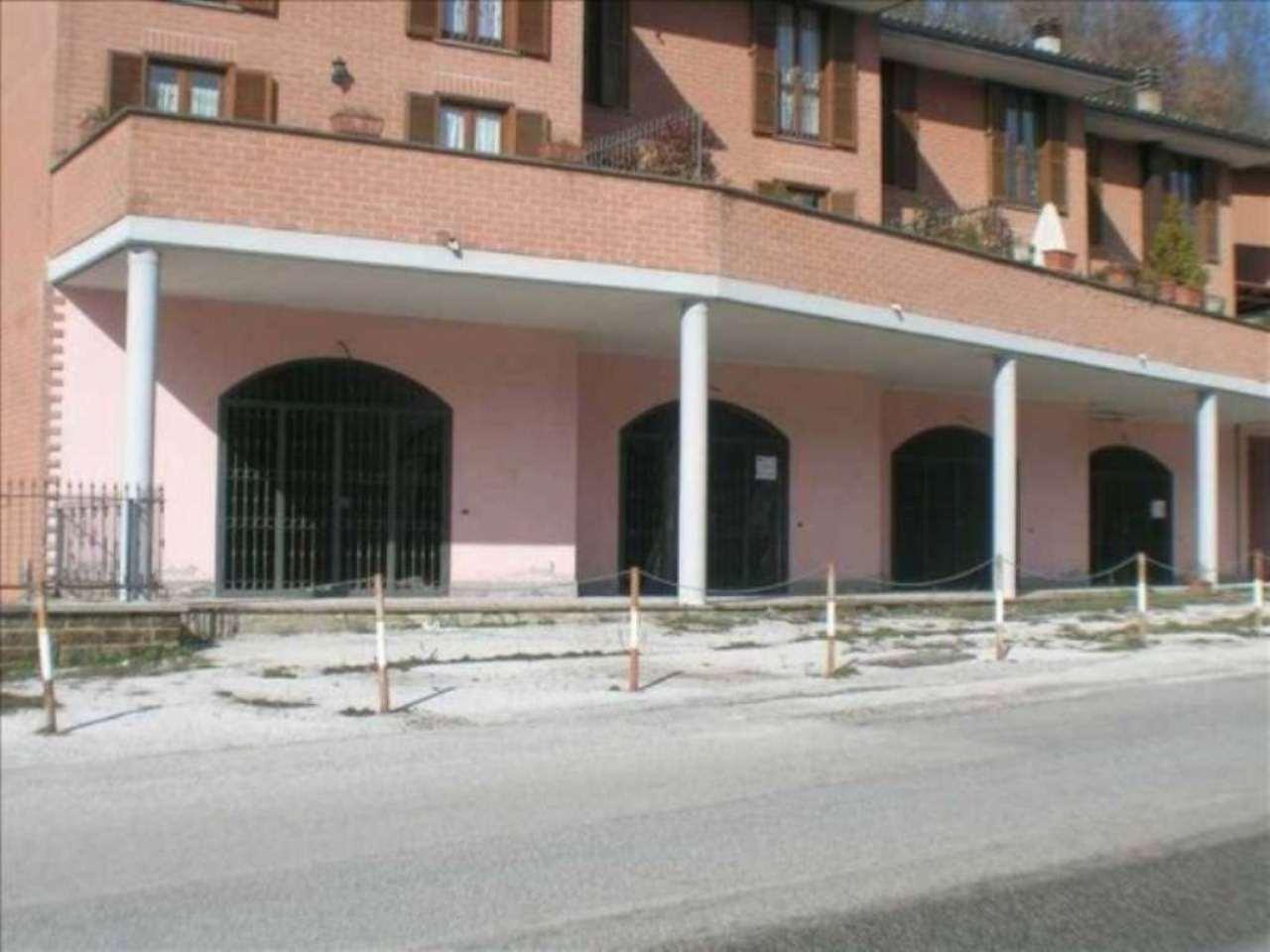 Box / Garage in Vendita a Carsoli