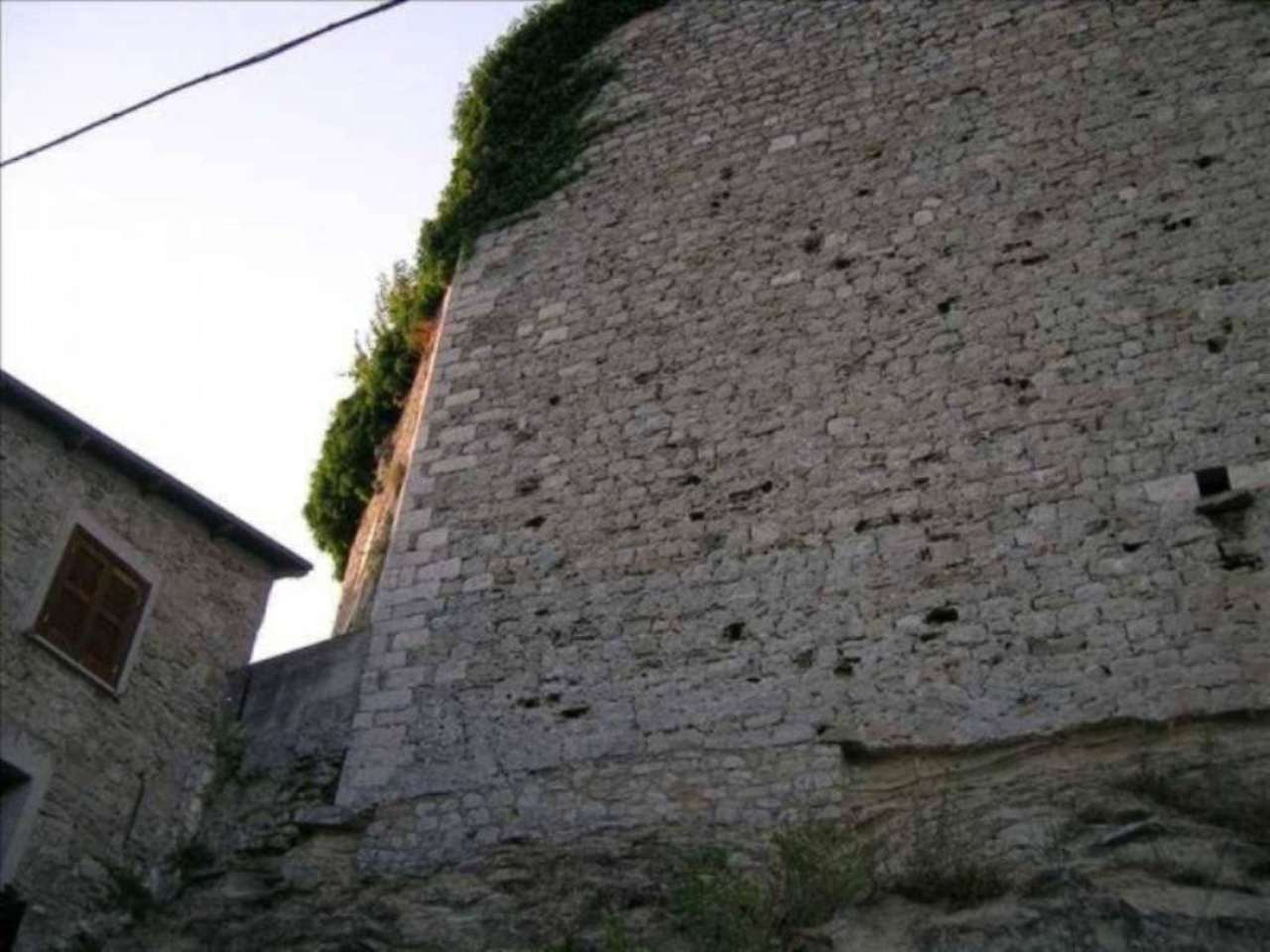 Bilocale Carsoli Via Del Forte 1