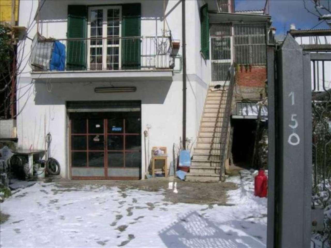 Soluzione Indipendente in vendita a Carsoli, 9999 locali, prezzo € 150.000 | Cambio Casa.it