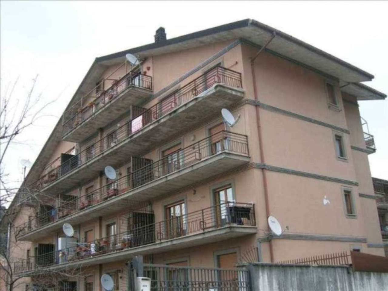 Appartamento in vendita a Carsoli, 4 locali, prezzo € 115.000 | Cambio Casa.it