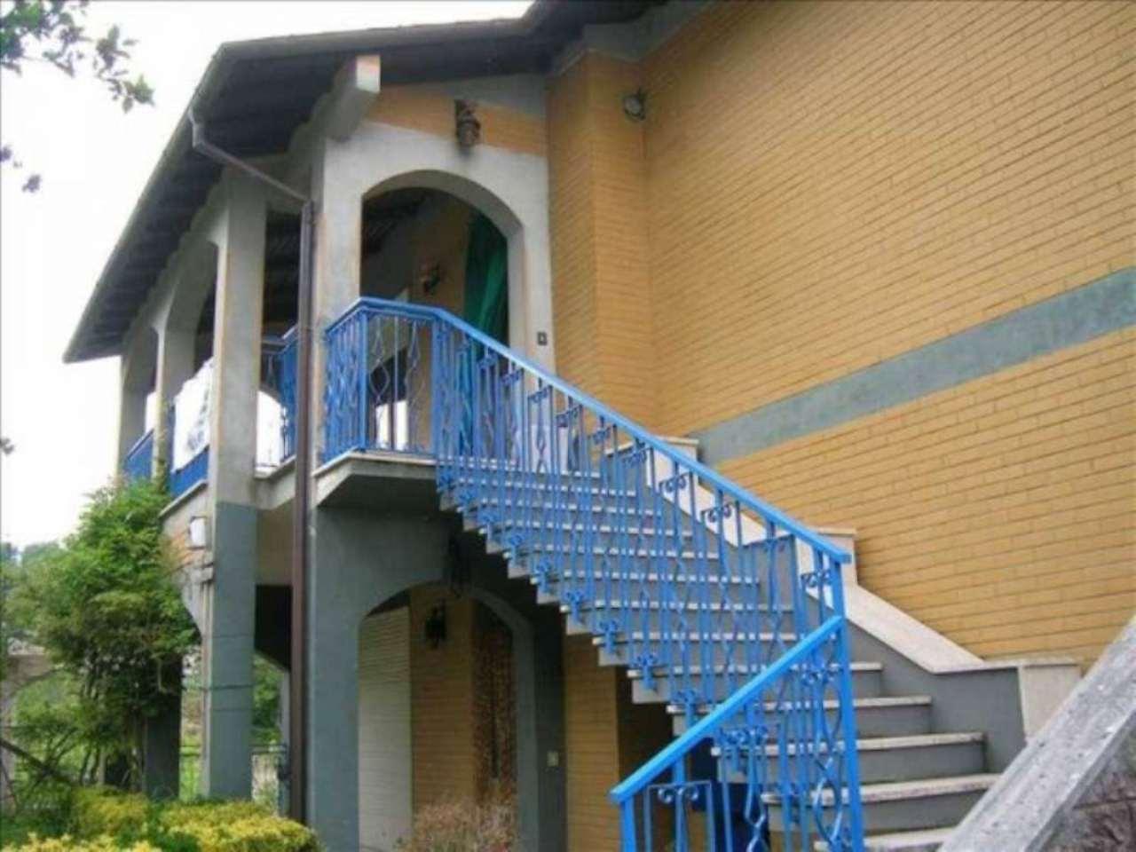 Appartamento in vendita a Carsoli, 6 locali, prezzo € 140.000 | CambioCasa.it