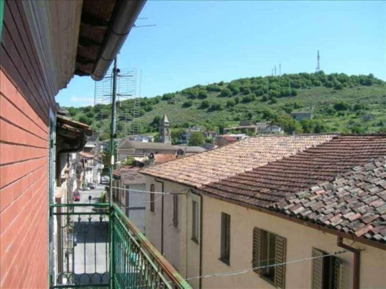 Case indipendenti in vendita in italia annunci for Piani immobiliari