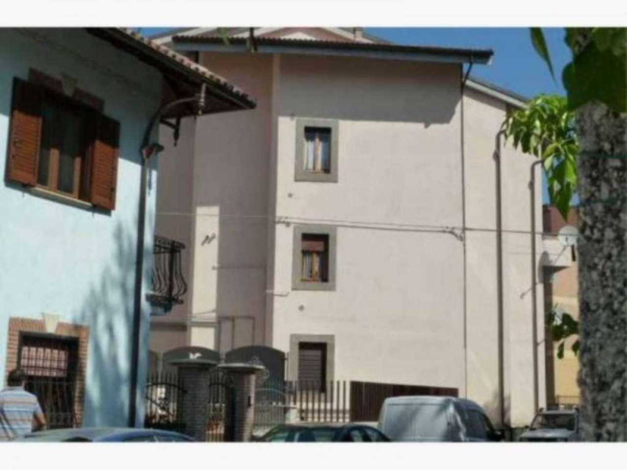 Bilocale Carsoli Via Circonvallazione Turano 6