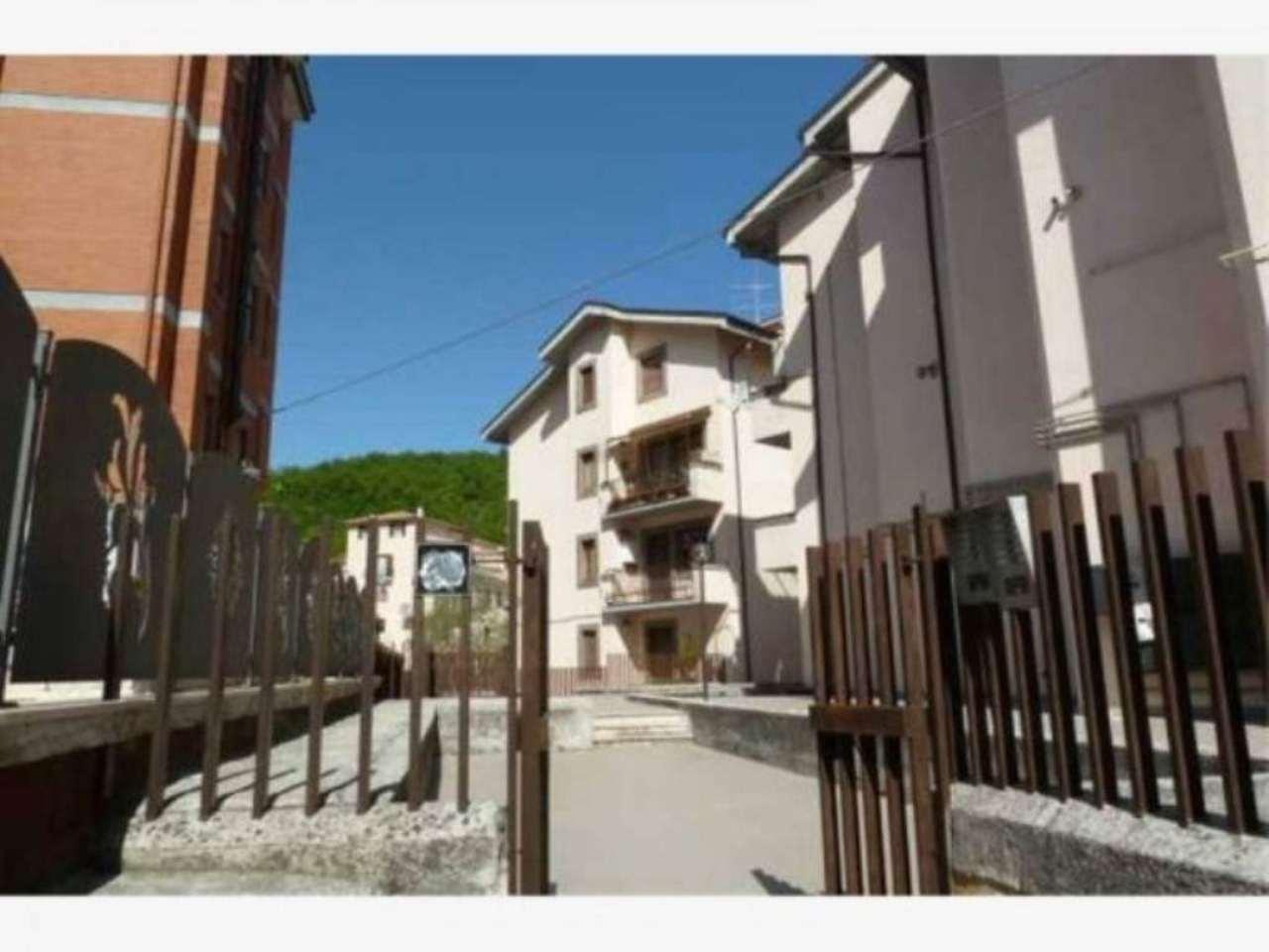 Bilocale Carsoli Via Circonvallazione Turano 7