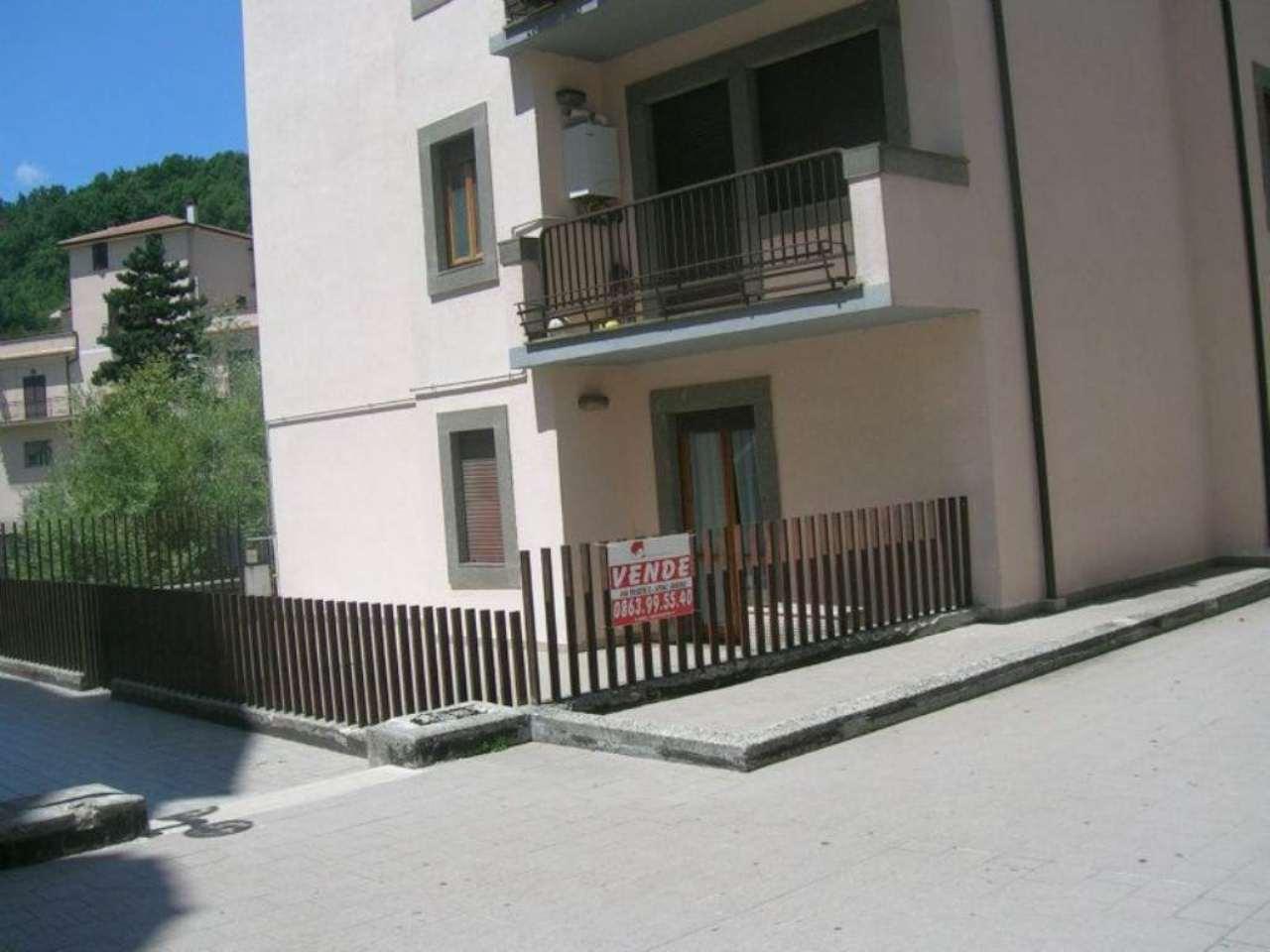 Bilocale Carsoli Via Circonvallazione Turano 8