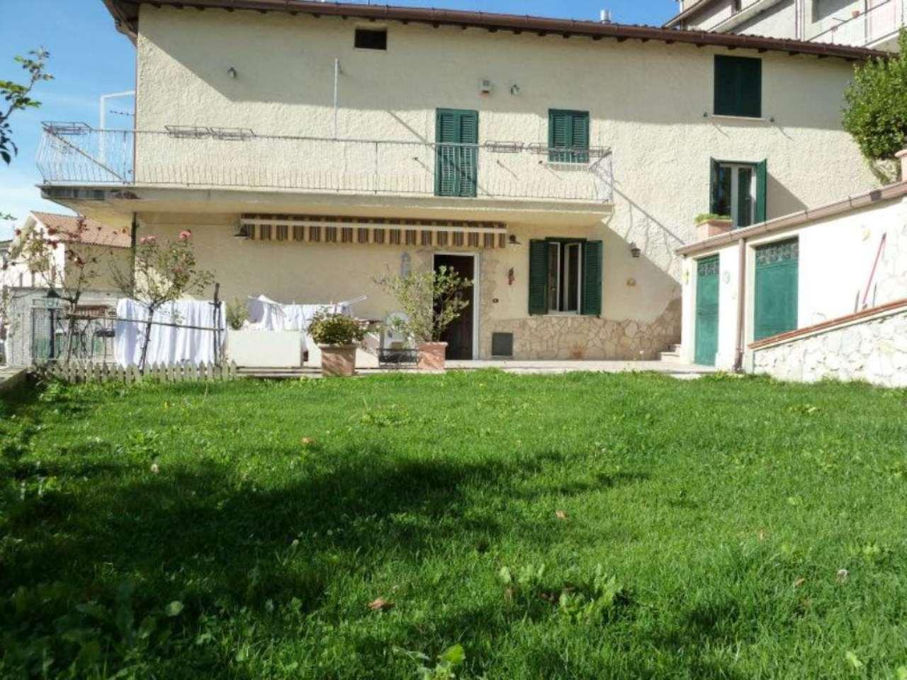 Soluzione Indipendente in vendita a Nespolo, 9 locali, prezzo € 110.000 | Cambio Casa.it