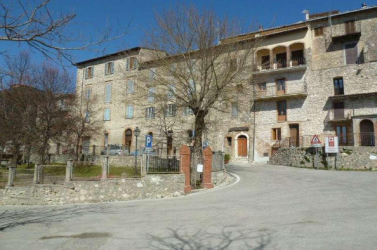 Appartamento in vendita a Collalto Sabino, 3 locali, prezzo € 65.000 | Cambio Casa.it