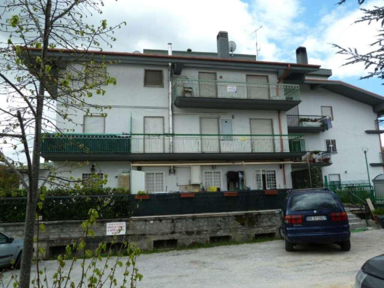 Appartamento in vendita a Carsoli, 4 locali, prezzo € 125.000 | Cambio Casa.it