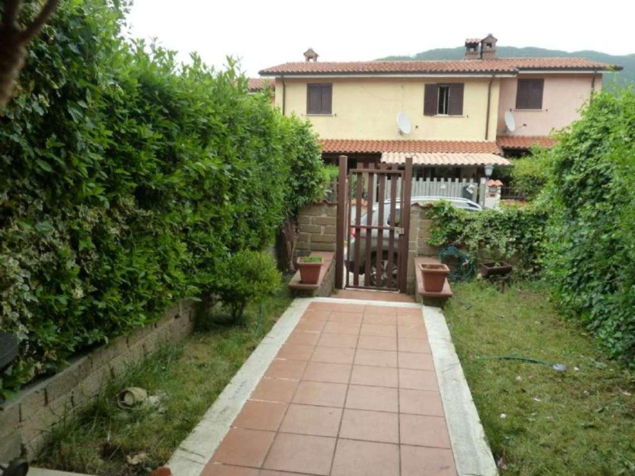 Palazzo / Stabile in vendita a Rocca di Botte, 4 locali, prezzo € 82.000 | Cambio Casa.it