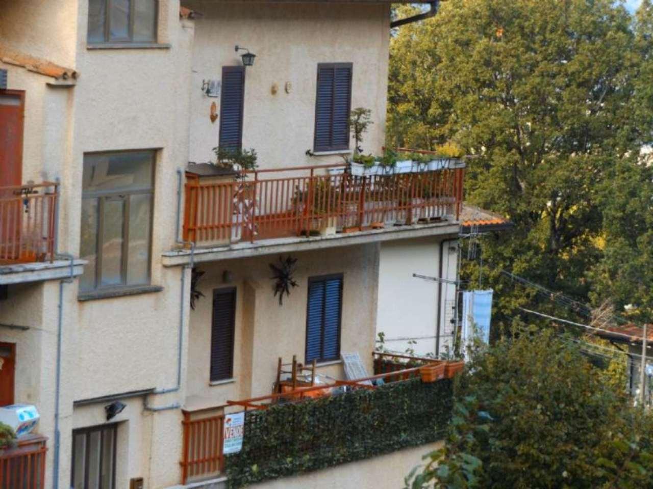 Appartamento in vendita a Pereto, 4 locali, prezzo € 90.000 | Cambio Casa.it