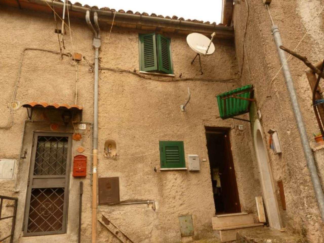 Appartamento in vendita a Riofreddo, 9999 locali, prezzo € 40.000 | CambioCasa.it