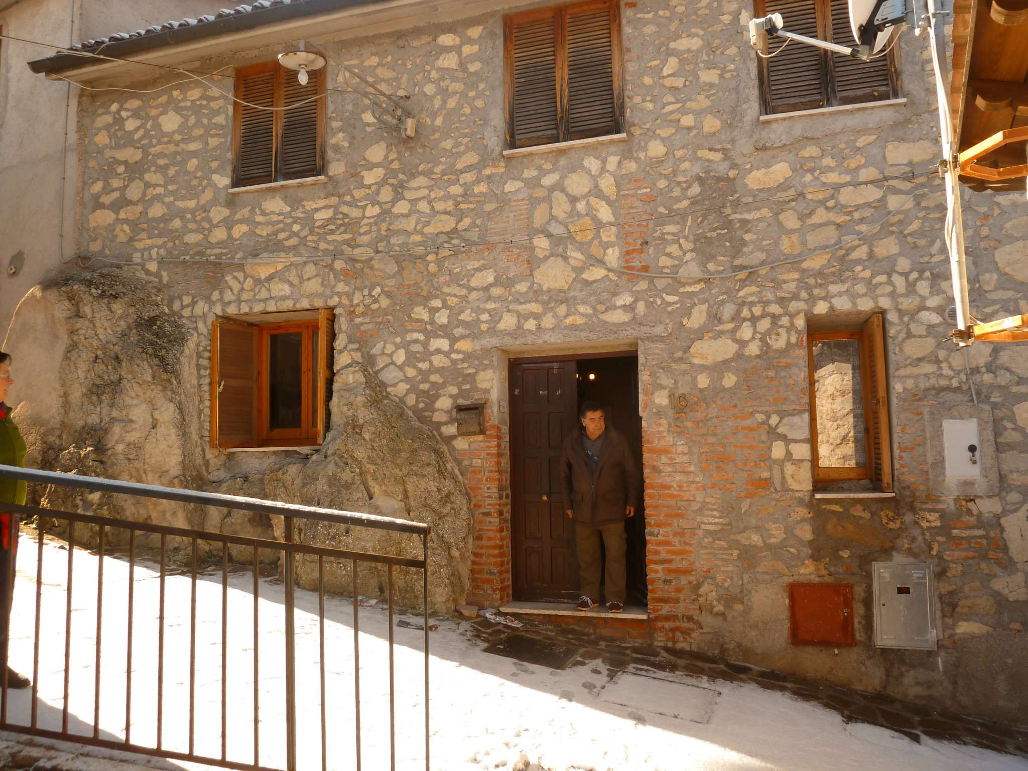 Appartamento in vendita a Vallinfreda, 5 locali, prezzo € 80.000 | CambioCasa.it