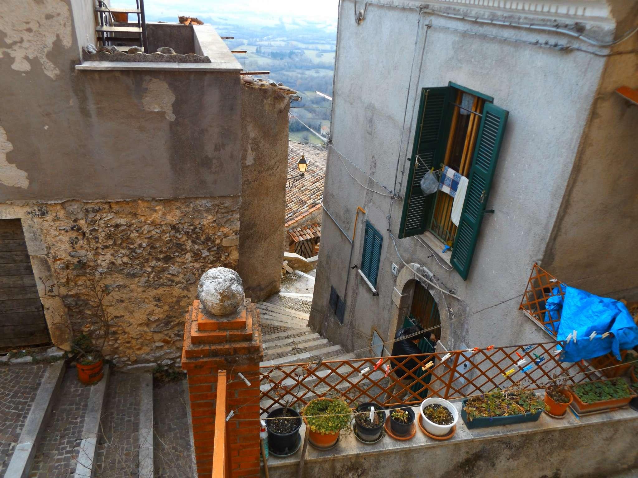 Soluzione Indipendente in vendita a Pereto, 4 locali, prezzo € 40.000 | CambioCasa.it