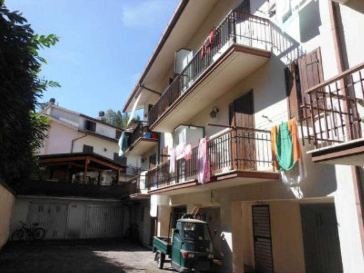 Appartamento in vendita a Carsoli, 5 locali, prezzo € 107.000 | CambioCasa.it