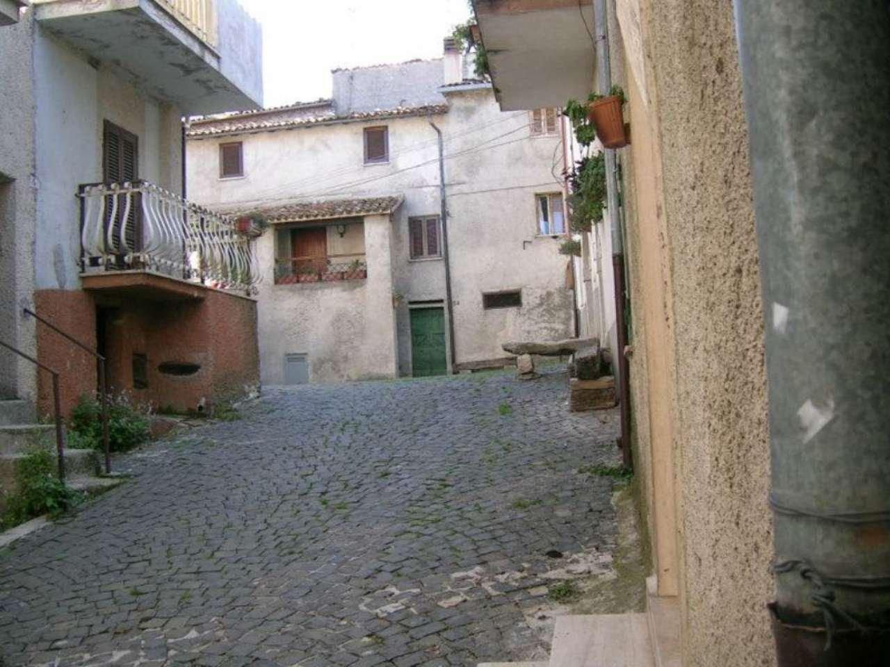 Soluzione Indipendente in vendita a Carsoli, 4 locali, prezzo € 50.000 | Cambio Casa.it