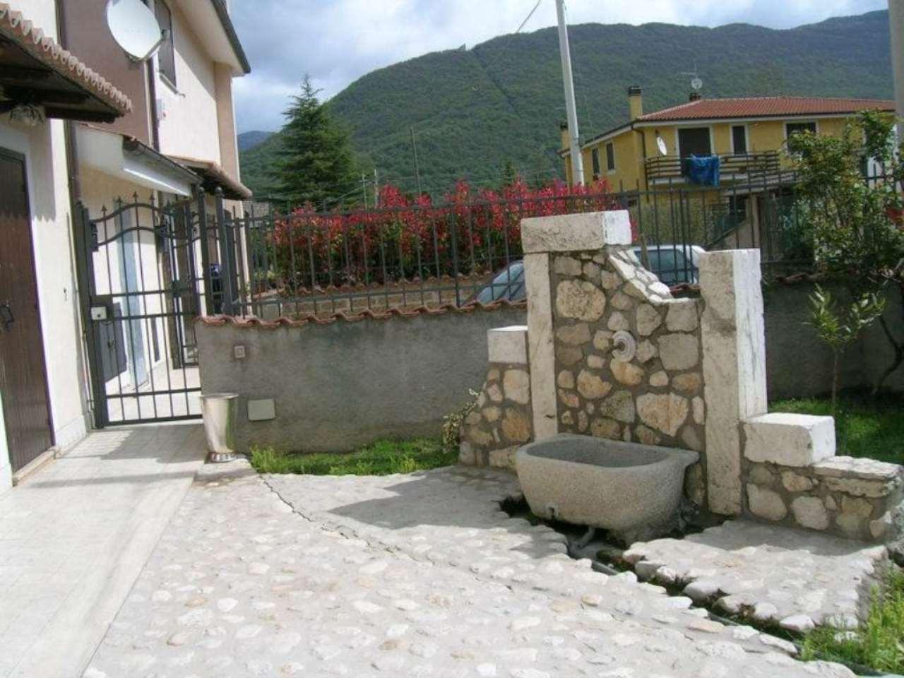 Villa a Schiera in Vendita a Rocca di Botte